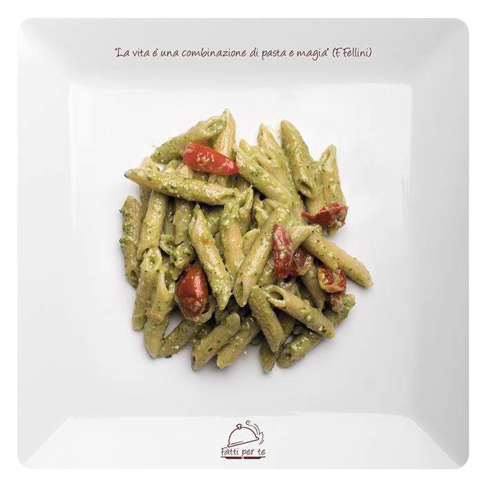 Linea Benessere Integrale – Penne Pesto di Rucola e Pomodorini